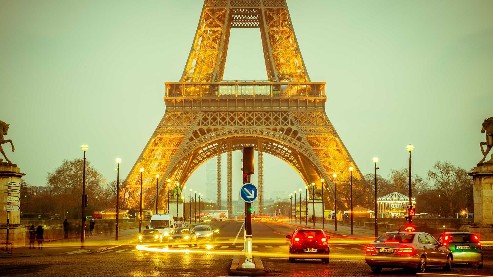 original_eiffel-tower-1156146