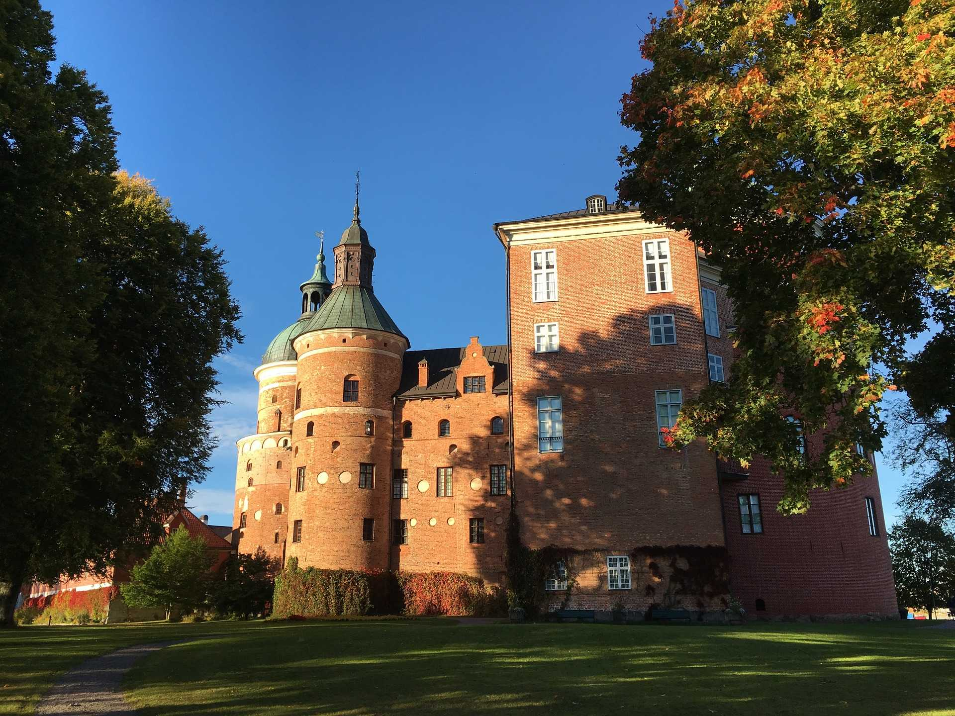 original_gripsholm-castle-1714612_1920